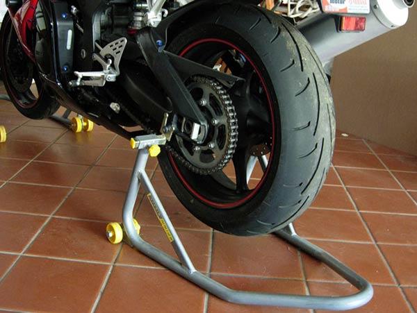 Tavolo Da Lavoro Per Moto : Omcn ponti sollevatori per auto moto camion carrozzerie