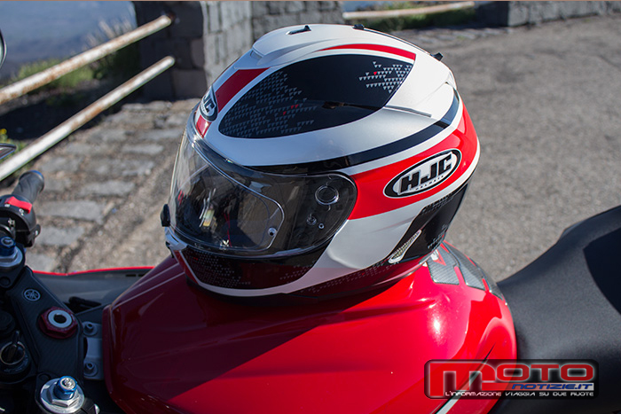 test prova casco integrale hjc is 17 paru mc1 006
