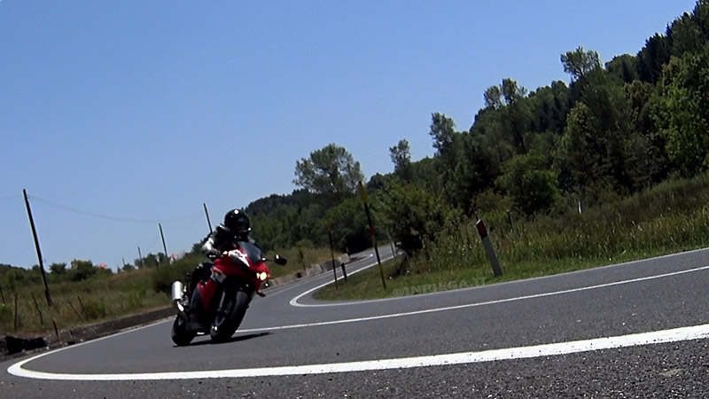 test recensione pneumatici moto mitas sport force plus 001